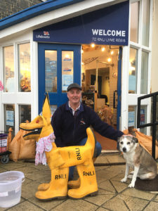 lifeboat welly boot dog