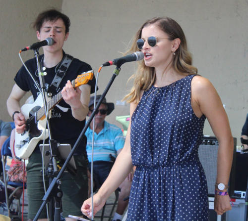 Clara Bond and Ollie Harris on guitar