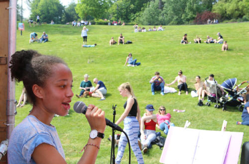 Musicians and singers of all ages performed (photo by Maisie Hill)