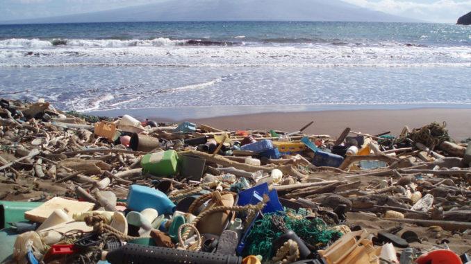beach plastic waste