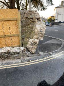 woodmead road wall