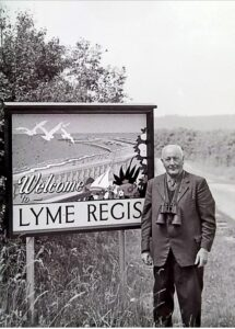 welcome lyme regis sign