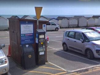Monmouth Beach car park ticketmachines