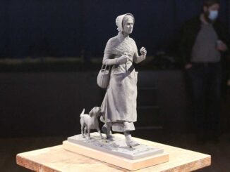 Mary Anning statue