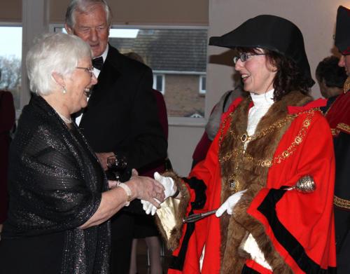 The Mayor of Lyme Regis, Councillor Michaela Ellis, welcomes Janet Thornley